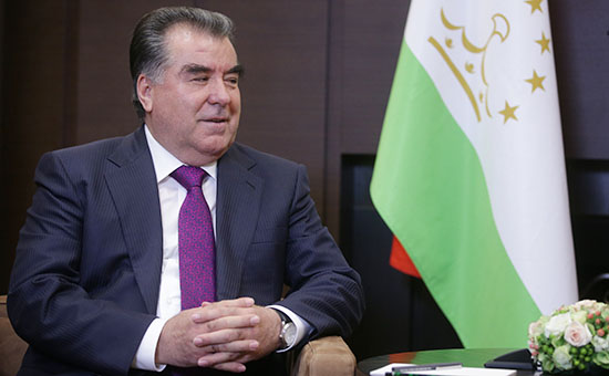 Президент России В.Путин встретился с президентом Таджикистана Э.Рахмоном в Сочи