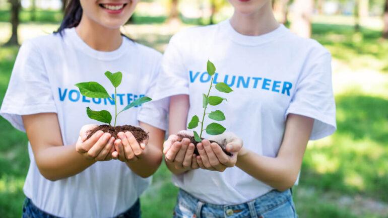 Волонтёри
